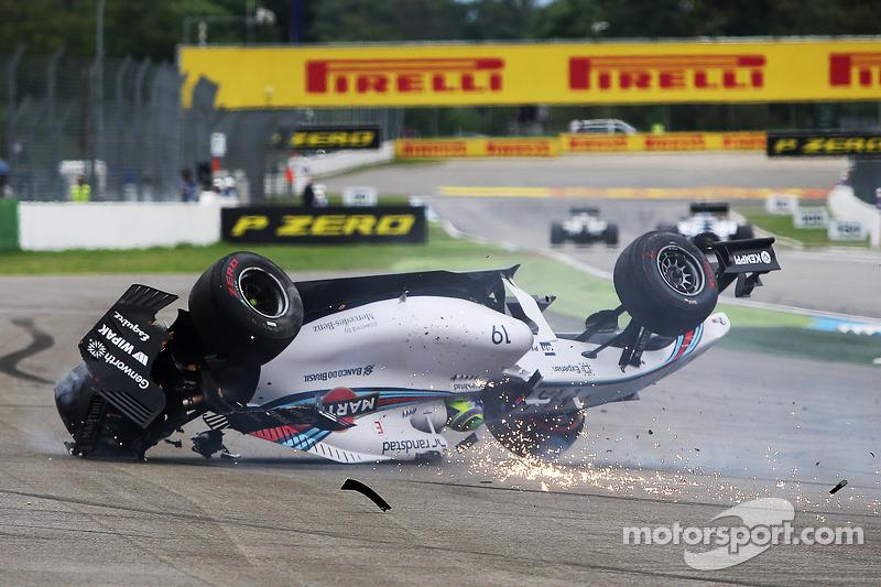Felipe Massa, Williams FW36 yarışın startında kazası