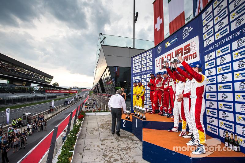Celebrazioni GTE sul podio