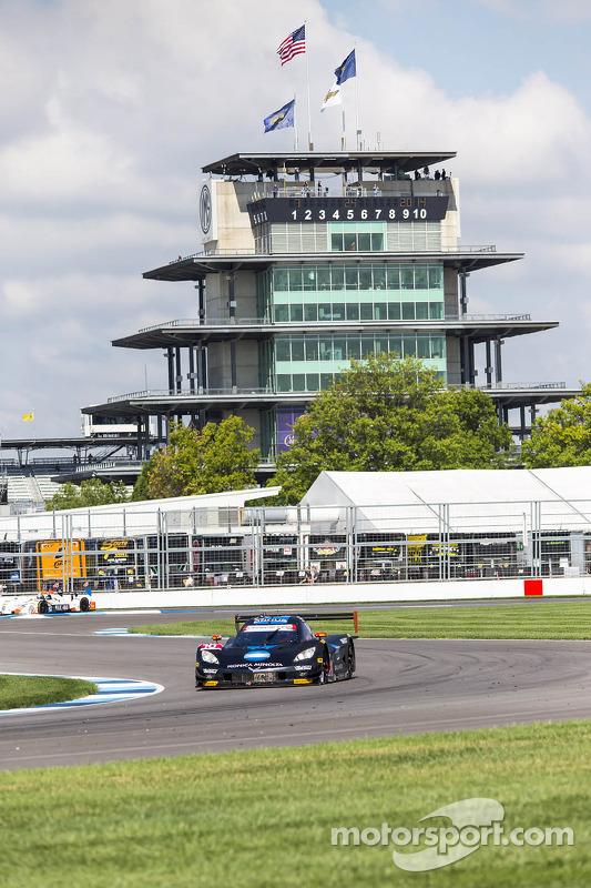 #10 韦恩·泰勒 Racing 雪佛兰克尔维特 DP: 里基·泰勒, 乔丹·泰勒