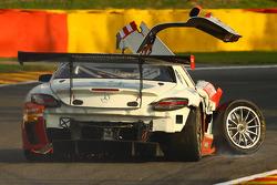 Problema para the #85 HTP Motorsport Mercedes SLS AMG GT3: Lucas Wolf, Sergei Afanasiev, Stef Dussel