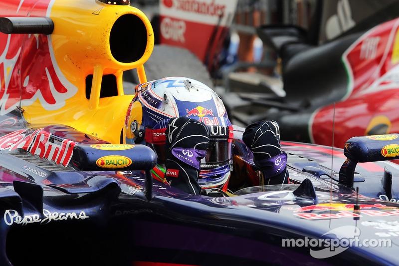 Daniel Ricciardo, Red Bull Racing RB10 celebrates in parc ferme