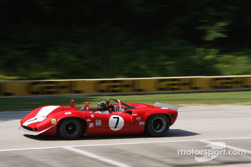 #7 1965 劳拉 T70 Mk I
