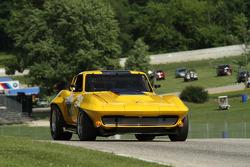 #19 1966 Corvette: Ray Mulacek