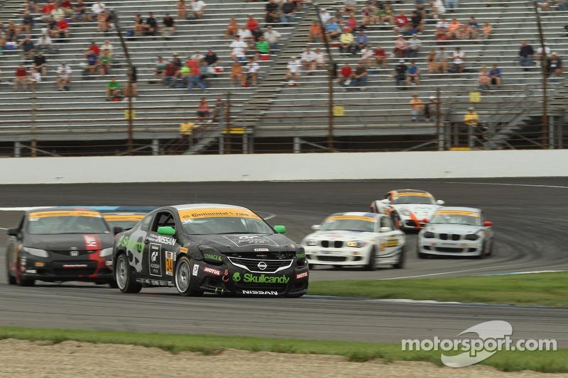 #34 Skullcandy Team Nissan Altima: Steven Doherty, Bryan Heitkotter