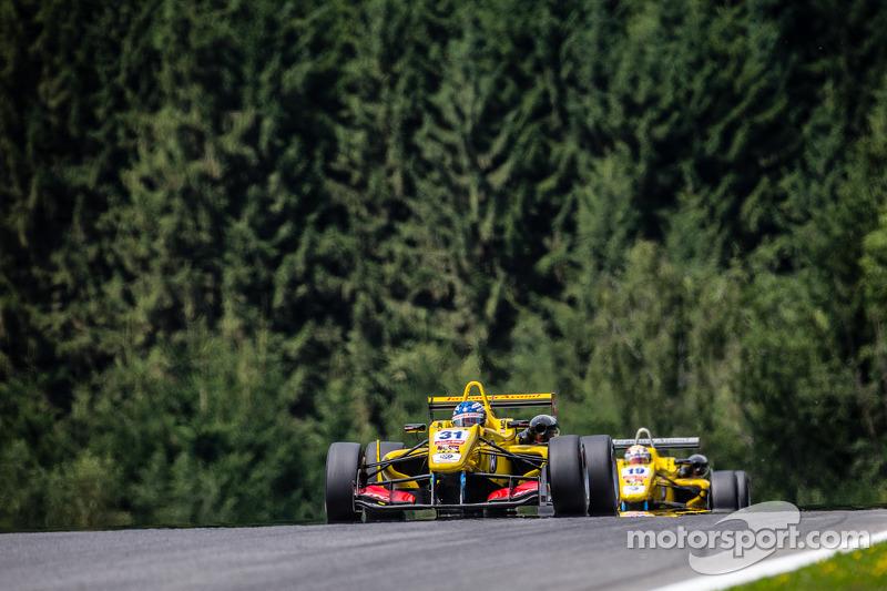 Tom Blomqvist, Jagonya Ayam con Carlin Dallara F312 Volkswagen