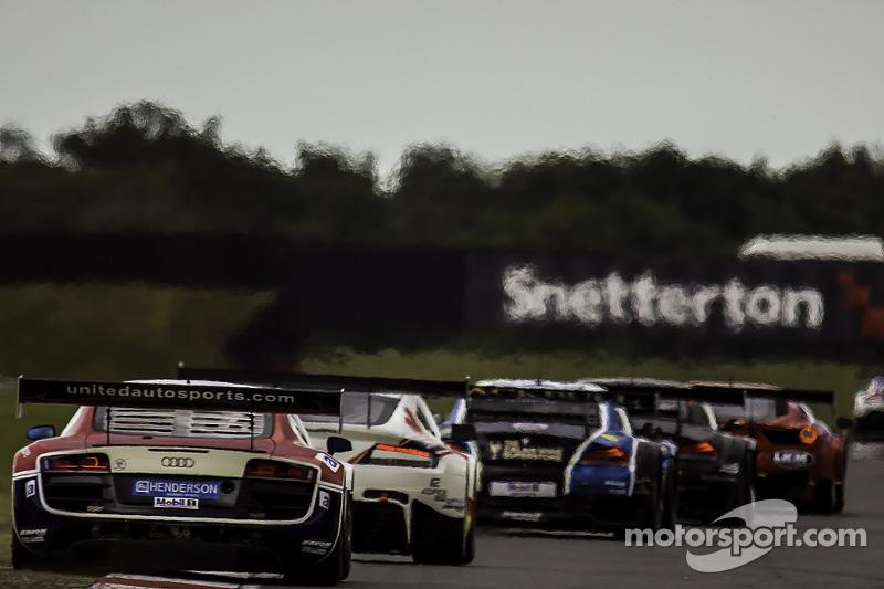 #23 United Autosports Audi R8 LMS Ultra: Ian Dockerill, Matt Bell