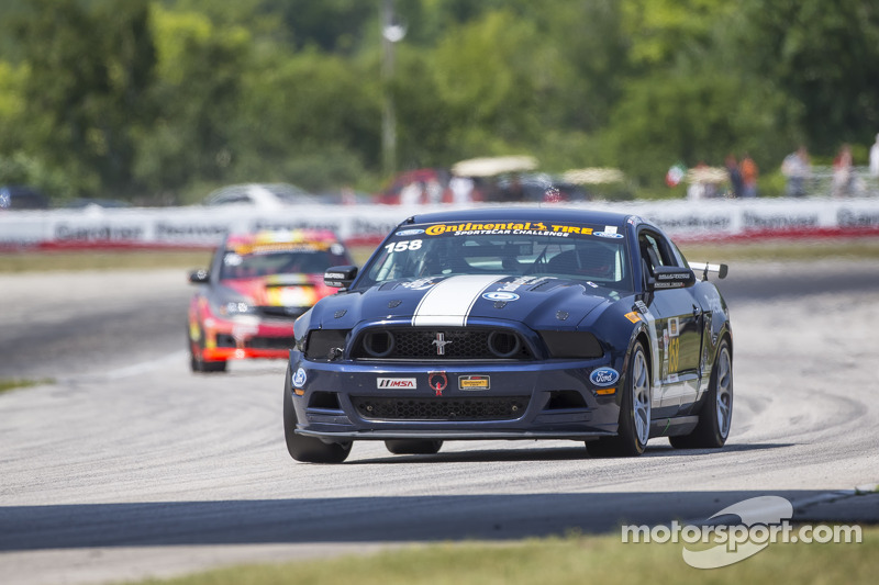 #158 Multimatic Motorsports Mustang Boss 302R: Ian James, Billy Johnson