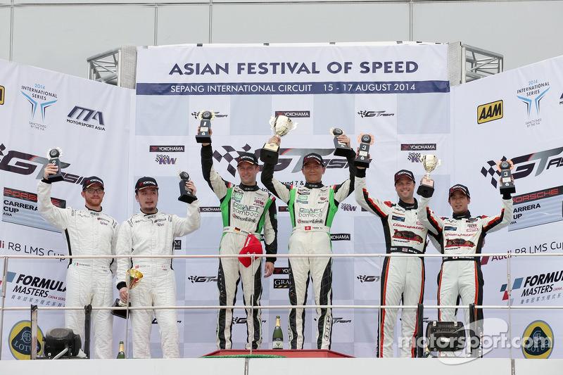 GT Asya Sepang R1 Podyum: Davide Rizzo, Anthony Liu, Stefan Mucke, Frank Yu, Rob Bell, Hiroshi Hamaguchi