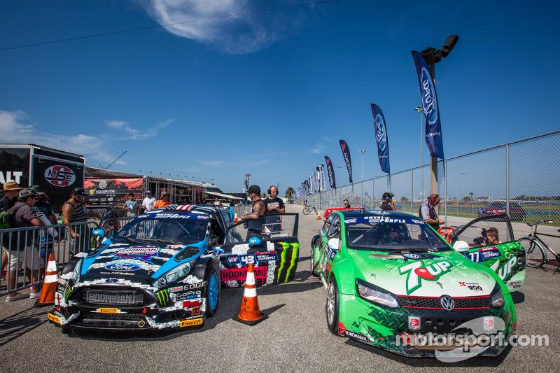 #43 Hoonigan Racing Division 福特嘉年华 ST: 肯·布洛克 和 #77 大众 安德雷蒂 Rallycross 大众 Polo: 斯科特·斯皮德