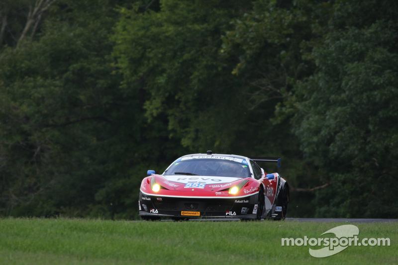 #555 AIM Autosport 法拉利 458 Italia: 比尔·斯威德勒 & 汤森·贝尔