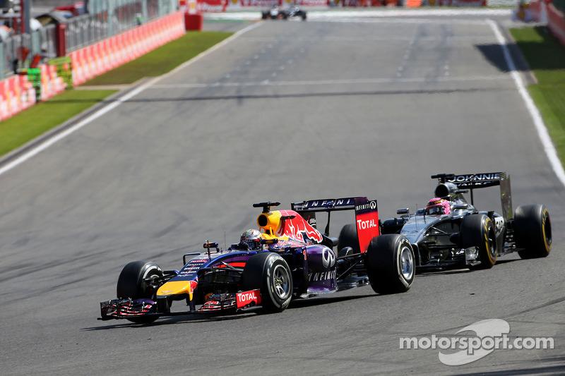 Sebastian Vettel, Red Bull Racing e Jenson Button, McLaren F1 Team