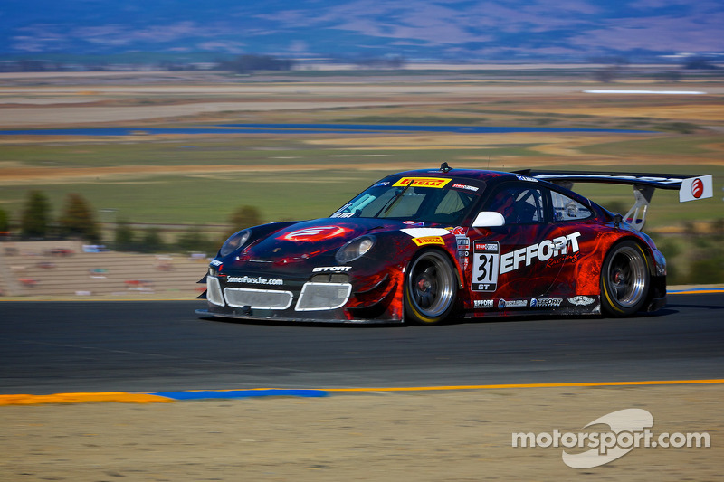 #31 EFFORT Racing Porsche GT3 R: Ryan Dalziel