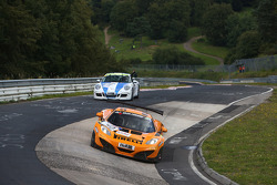 #40 Dörr Motorsport, 迈凯伦 MP4-12C GT3: 萨沙·贝尔特, 鲁迪·亚当斯, 阿尔诺·克拉森