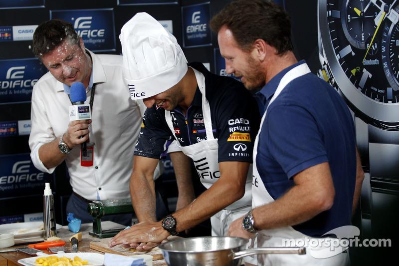 Casio Edifice Lansmanı, Red Bull Enerji İstasyonu'nda,Daniel Ricciardo, Red Bull Racing ve Christian