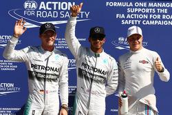Pole position para Lewis Hamilton, de Mercedes AMG F1 W05, segundo de Nico Rosberg, de Mercedes AMG F1 y tercero de Valtteri Bottas, Williams FW36