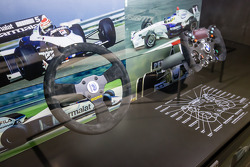 Volantes do 1983 Brabham BMW BT 52 e 2006 BMW Sauber F1.06