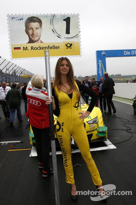 Mike Rockenfeller için grid kızı, Audi Sport Takımı Phoenix Audi RS 5 DTM
