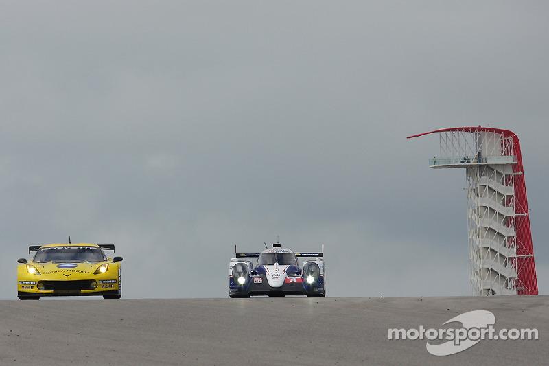 #65 雪佛兰克尔维特 Racing 雪佛兰 雪佛兰克尔维特 C7.R: 里基·泰勒, 乔丹·泰勒, 汤米·米尔纳 和 #8 丰田车队 丰田 TS040-Hybrid: 安东尼·戴维森, 尼古拉·拉皮埃尔, 塞巴斯蒂安·布耶米