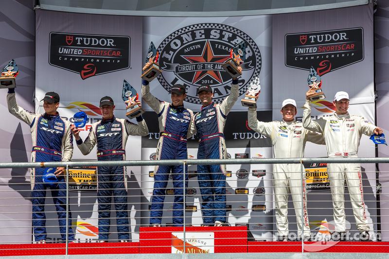 Podio di classe GTLM: primo posto Jonathan Bomarito, Kuno Wittmer, il secondo posto Dominik Farnbacher, Marc Goossens, terzo posto Patrick Long, Michael Christensen