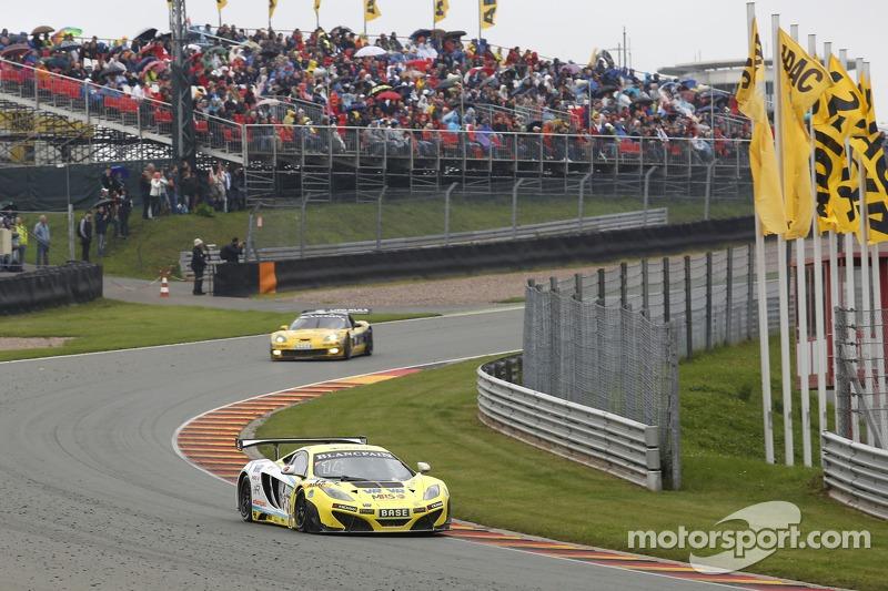 #14 MRS-GT-Racing McLaren MP4-12C GT3: Florian Spengler, Marco Asmer