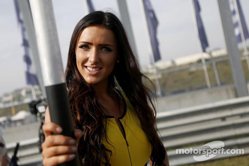 A lovely DTM grid girl