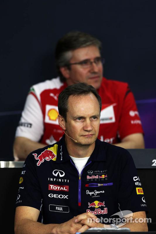 Paul Monaghan, engenheiro chefe da Red Bull Racing na Conferência de Imprensa FIA