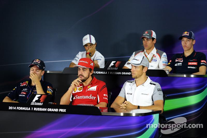 La conferenza stampa FIA: Felipe Massa, Williams; Adrian Sutil, Sauber; Daniil Kvyat, Scuderia Toro Rosso; Sebastian Vettel, Red Bull Racing; Fernando Alonso, Ferrari; Jenson Button, McLaren