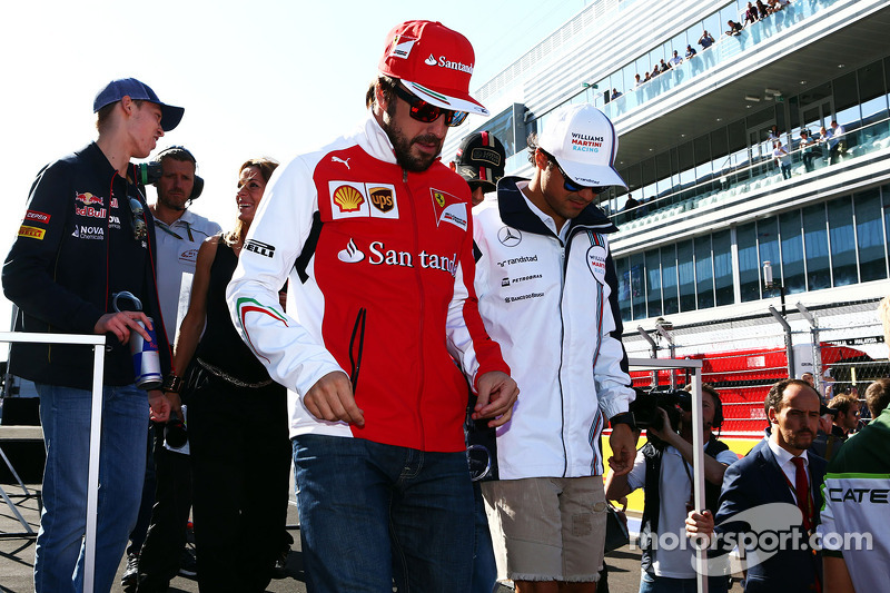 Fernando Alonso, Ferrari and Felipe Massa, Williams on the drivers parade
