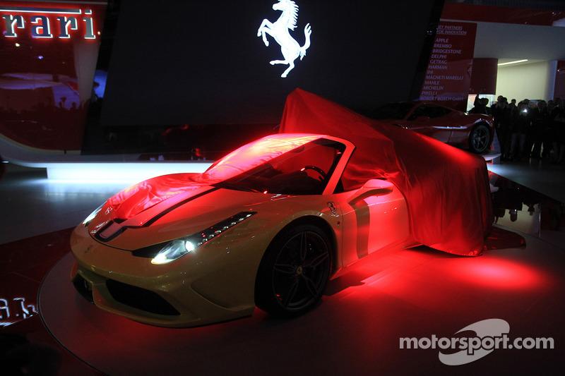 La presentazione della Ferrari 458 Speciale Aperta