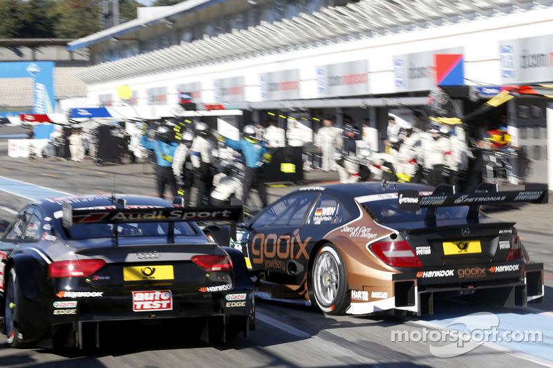 Timo Scheider, Audi Sport Takımı Phoenix Audi RS 5 DTM ve Pascal Wehrlein, Mercedes AMG DTM-Takımı H