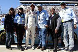Darrell Wallace Jr. with the Wendell Scott family