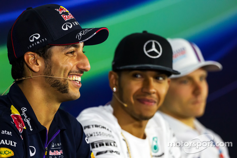(L to R): Daniel Ricciardo, Red Bull Racing; Lewis Hamilton, Mercedes AMG F1; and Valtteri Bottas, W