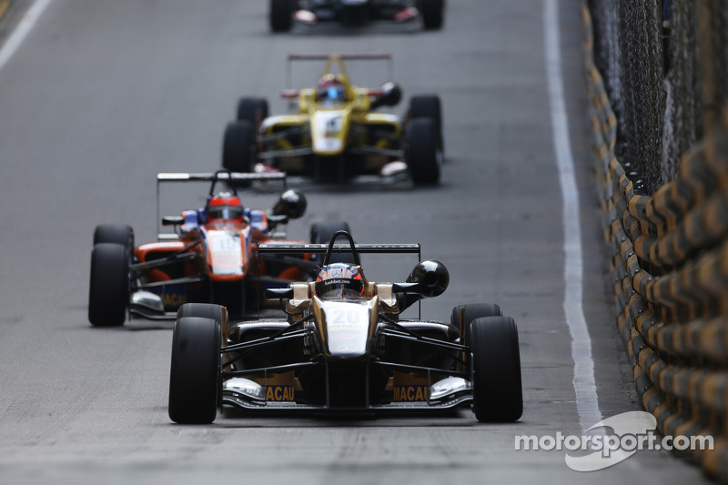 Felix Rosenqvist, Kashbet.com por Mücke Motorsport Dallara F312 Mercedes-HWA