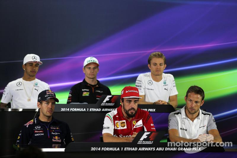 Sebastian Vettel, Red Bull Racing, Fernando Alonso, Scuderia Ferrari e Jenson Button, McLaren F1 Tea