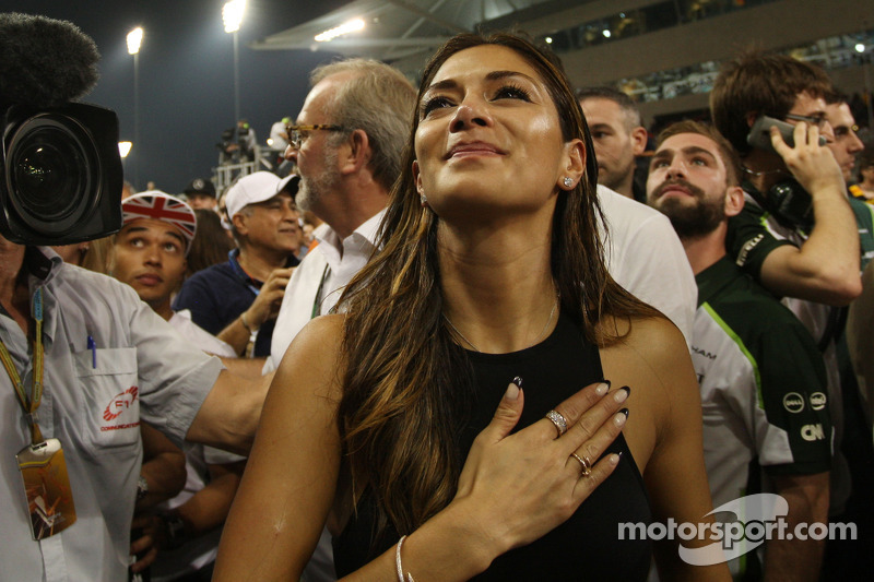 Nicole Scherzenger, cantante, novia de Lewis Hamilton, Mercedes AMG F1, celebra en parc ferme