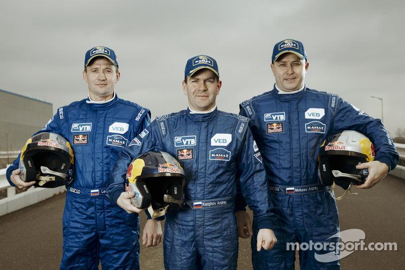 Igor Leonov, Andrey Karginov e Andrey Mokeev