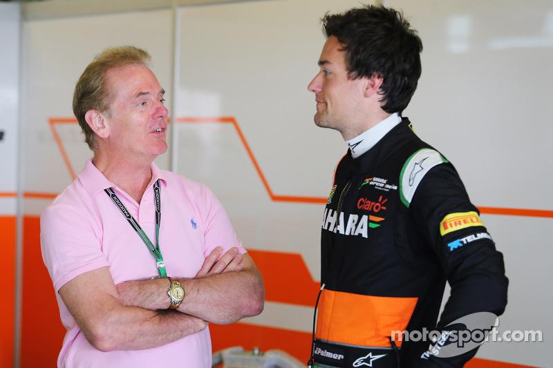 Джоліон Палмер (Force India) зі своїм батьком Джонатаном Палмером