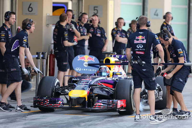 Carlos Sainz Jr., Red Bull Racing