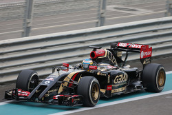 Charles Pic, Lotus F1 E22 Third Driver