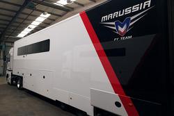 玛鲁西亚车队的运输车被拍卖