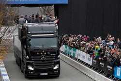 Mercedes-Benz Weltmeister-Truck