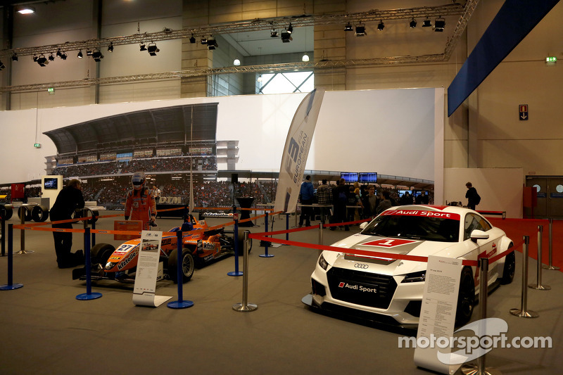 F3 and Audi display