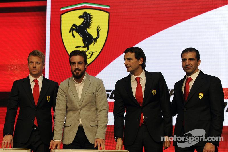 F1 pilotları Kimi Raikkonen, Fernando Alonso, Pedro de la Rosa, Marc Gene