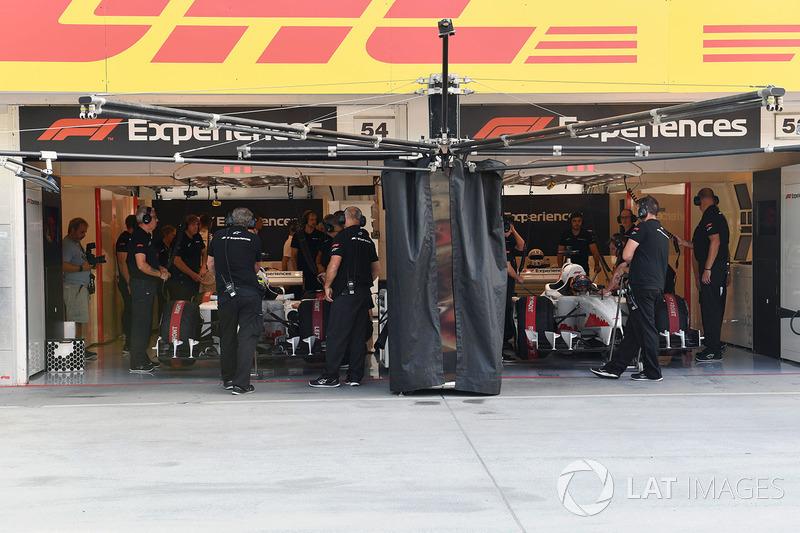 Garasi F1 Experiences