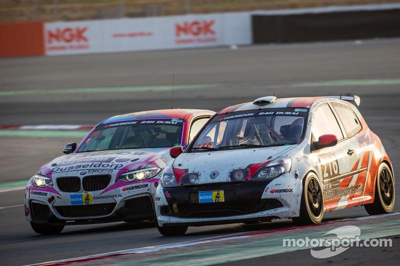 #216 Modena Motorsports Renault X-85 Cup: Wayne Shen, John Shen, Francis Tjia, Marcel Tjia, Christia