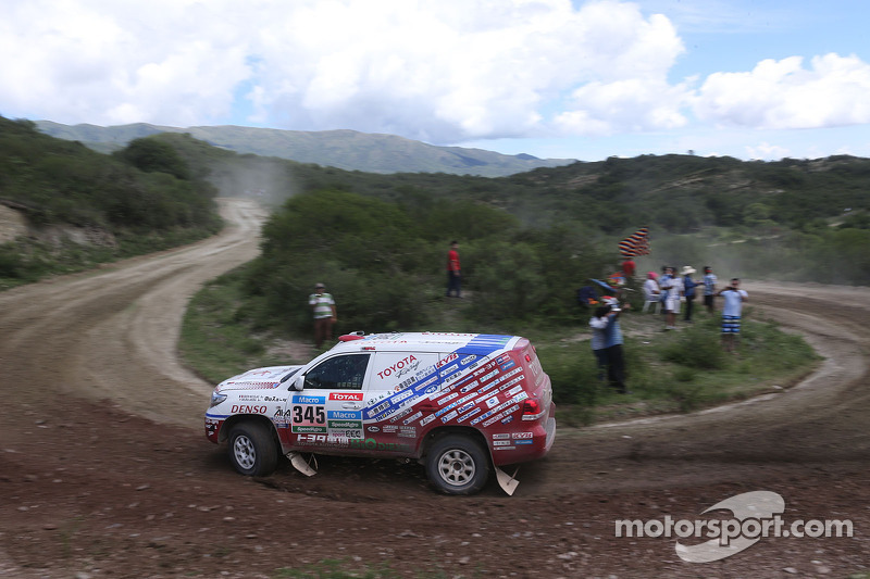 #345 Toyota: Nicolas Gibon, Akira Miura