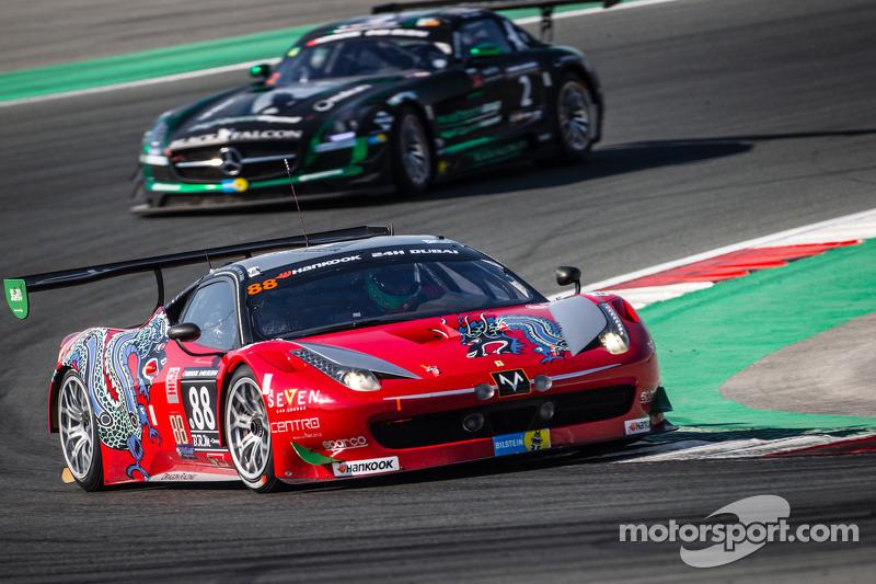#88 Dragon Racing Ferrari 458 Italia GT3: Мохаммед Ява, Джордан Грегор, Метт Гріффін, Роб Барфф
