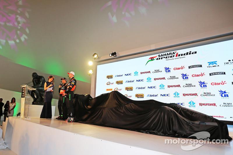 (da sinistra a destra): Sergio Perez, Sahara Force India F1 e Nico Hulkenberg, Sahara Force India F1