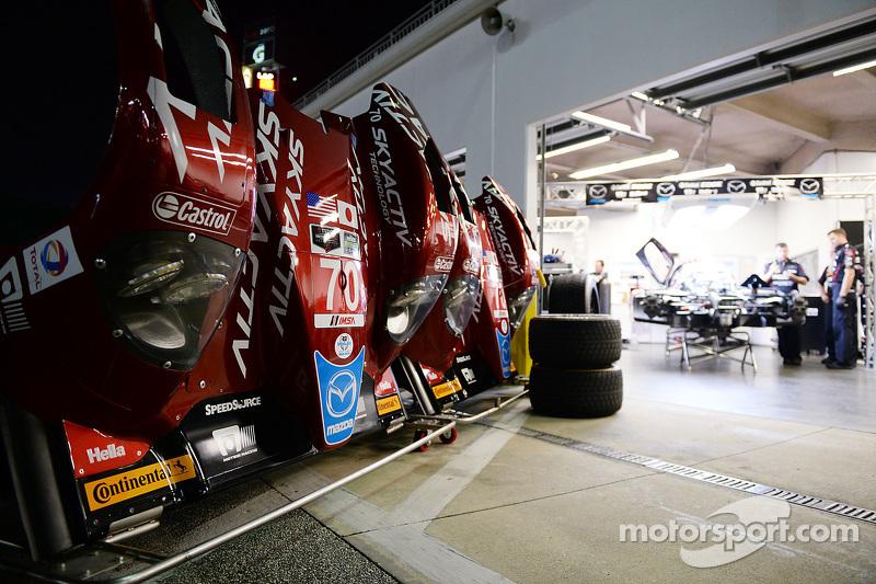 Mazda garaj alanı