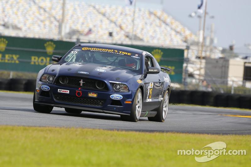 #15 Multimatic Motorsports Mustang Boss 302R: Jade Buford, Scott Maxwell